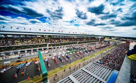 Grid and start of Race 24h Le Mans (c) FIAWEC, John Rourke
