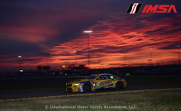 IMSA-2016-24h-Daytona-Turner-BMW-M6-GT3-sunset