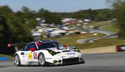 IMSA-2016-Petit-Le-Mans-Qualifying-Porsche-911-RSR
