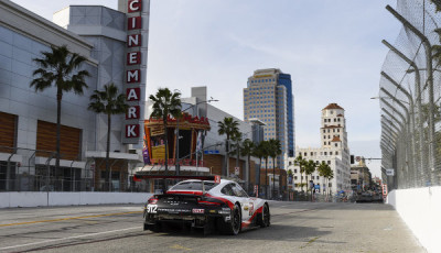 IMSA-2017-Long-Beach-Qualifying-Porsche-911-RSR-Nr912