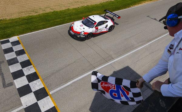 IMSA-2018-Mid-Ohio-Porsche-911-RSR-Nr.912