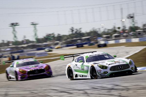 Mercedes-AMG Team Riley Motorsports #33 und P1 Motorsports #71