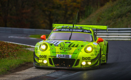 Manthey Racing_Porsche 911 GT3 R_VLN 9_Tagessieg_small