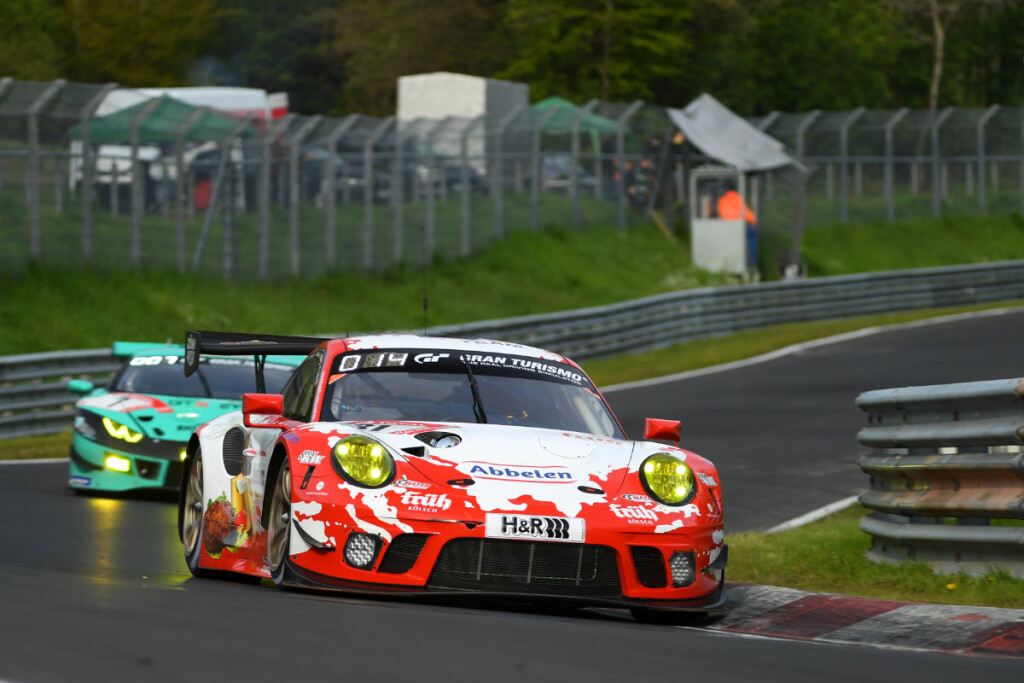 Nordschleife-2019-Frikadelli-Racing-Porsche-911-GT3-R