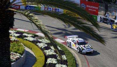USCC-2015-Long-Beach-Porsche-911-RSR-Patrick-Pilet-Frederic-Makowiecki
