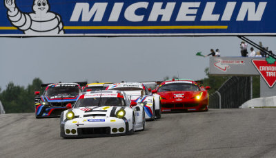 USCC-2015-Mosport-Porsche-911-RSR-Patrick-Pilet-Nick-Tandy