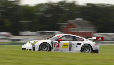USCC-2015-VIR-Porsche-911-RSR-Patrick-Pilet-Nick-Tandy