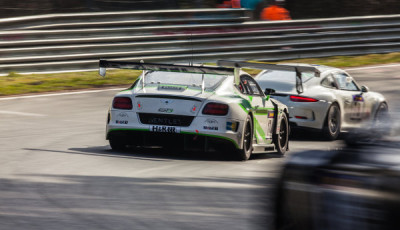 VLN-2016-Lauf-2-Bentley-Continental-GT3-Chris-Brück