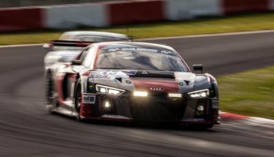VLN-2016-Lauf-3-Audi-Sport-Team-Phoenix