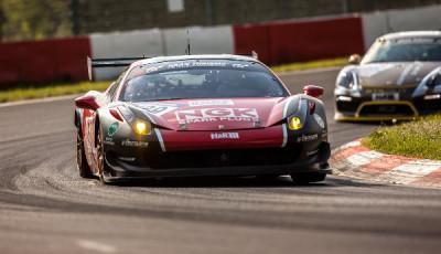 VLN-2016-Lauf-3-RaciNGK-Team-Ferrari-458
