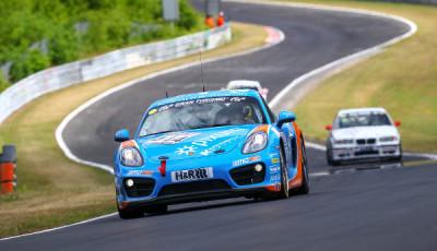 VLN-2017-Lauf-3-pixum-Porsche-Cayman-Nr.444-Daniel-Zils