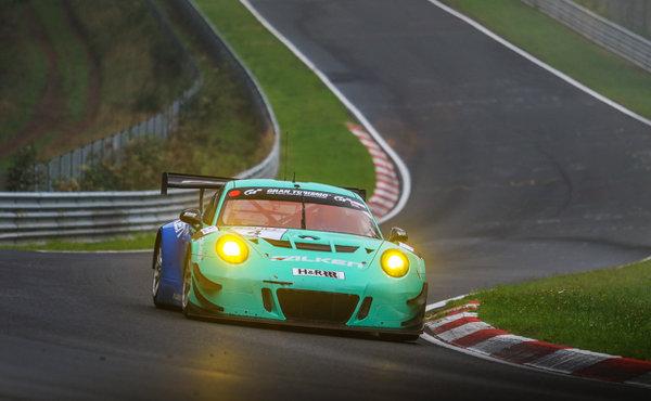 VLN-2017-Lauf-6-Falken-Motorsports-Porsche-911-GT3-R-Nr.4
