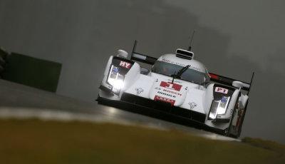 WEC-2014-Shanghai-Audi-R18-e-tron-quattro-#1-Lucas-di-Grassi-Loïc Duval-Tom Kristensen