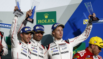 WEC-2016-Fuji-Podium-Timo-Bernhard-Mark-Webber-Brendon-Hartley