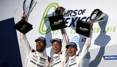 WEC-2016-Mexiko-Porsche-Team-Mark-Webber-Brendon-Hartley-Timo-Bernhard-Podium