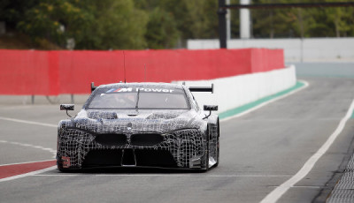 WEC-2018-BMW-M8-GTE-Test-in-Spanien
